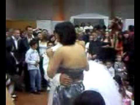 Mariage gitan des auvergnat de meilhaud youtube - Youtube mariage gitan ...