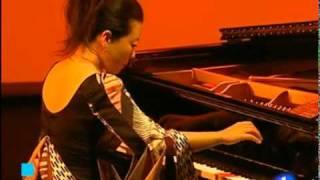MINE KAWAKAMI- TVE1 (06-05-11)