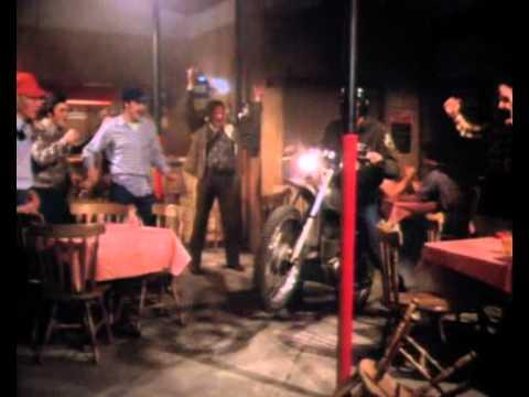 The Dukes Of Hazzard S01E07 - Scene 1