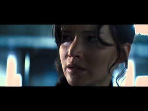 "[THG] ◄ Catching Fire - Katniss ""showing her skills"" ►"
