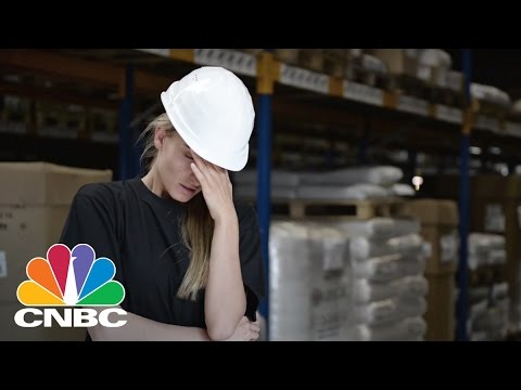 Former Google Career Coach Shares Tips On What To Do If You Hate Your Job | CNBC Make It.