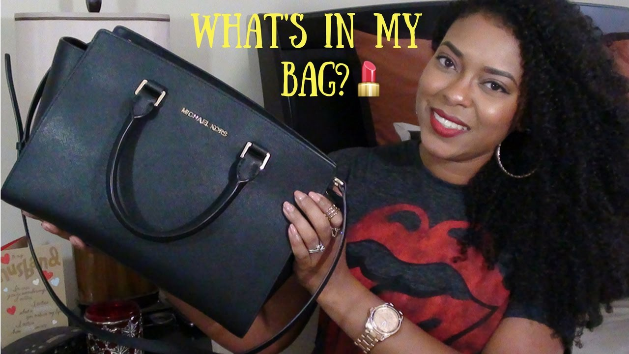 8329c60a0d27 What s In My Bag