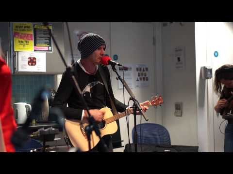 Mishaped Pearls  Six Dukes   @ The Hub, BBC 6Music for The Tom Robinson Show
