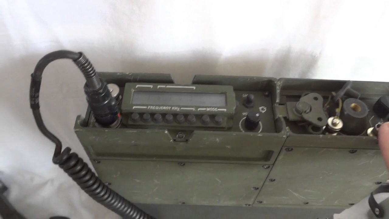 US military AN/PRC-104 Tactical HF SSB man pack transceiver shortwave  communications