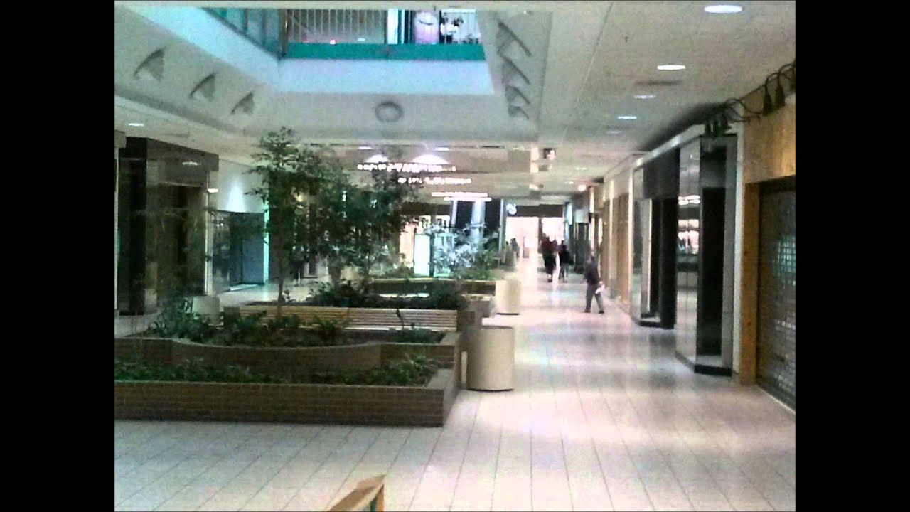 Metro North Shopping Center In Kansas City Missouri