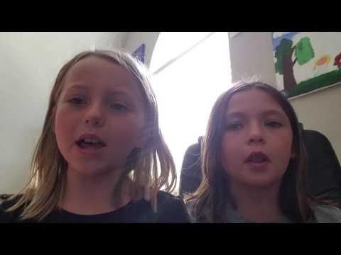 Blondie and Brownie karaoke Payphone!