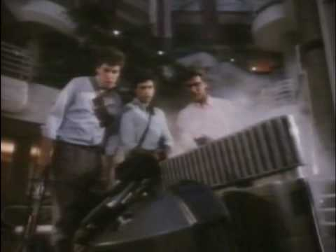 Download SHOPPING (1986) - Chopping Mall (Trailer) GERMAN