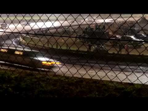 Waterless boat racing at dixie speedway