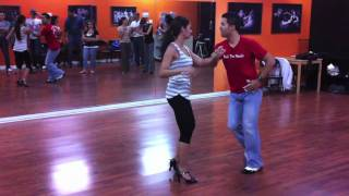 Видео: Casi Casi - Toby Love- Touch Bachata Dance Moves 002