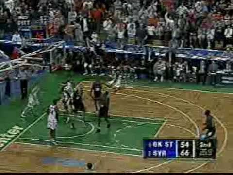 Hakim Warrick finishes off Oklahoma St. with a monster flush 2003 NCAA tournament