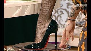 Veronica Maya E La Mario Piedi Nudi E Shoes Off  12.06.17