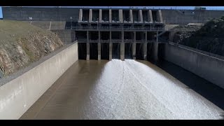 Repeat youtube video Drone Video of Spillway Reopening | Lake Oroville Dam Updates 3-18-17