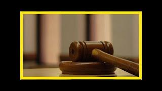 Смотреть видео Жителя омска приговорили к 22 года за убийство из-за автомобиля онлайн