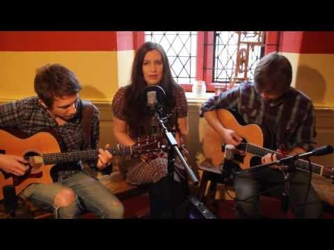 The Willows - Absent Friends (Folk Radio UK Session)