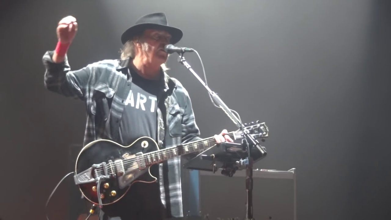 Neil Young And Potr Change Your Mind Amsterdam Ziggo Dome July 9th 2106 Youtube