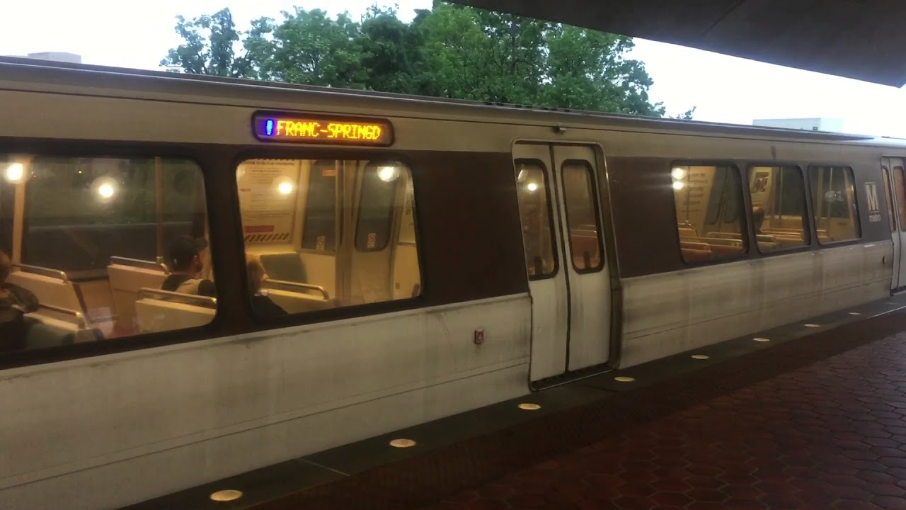 WMATA DC METRO Blue line leaving van dorn & WMATA DC METRO Blue line leaving van dorn - YouTube