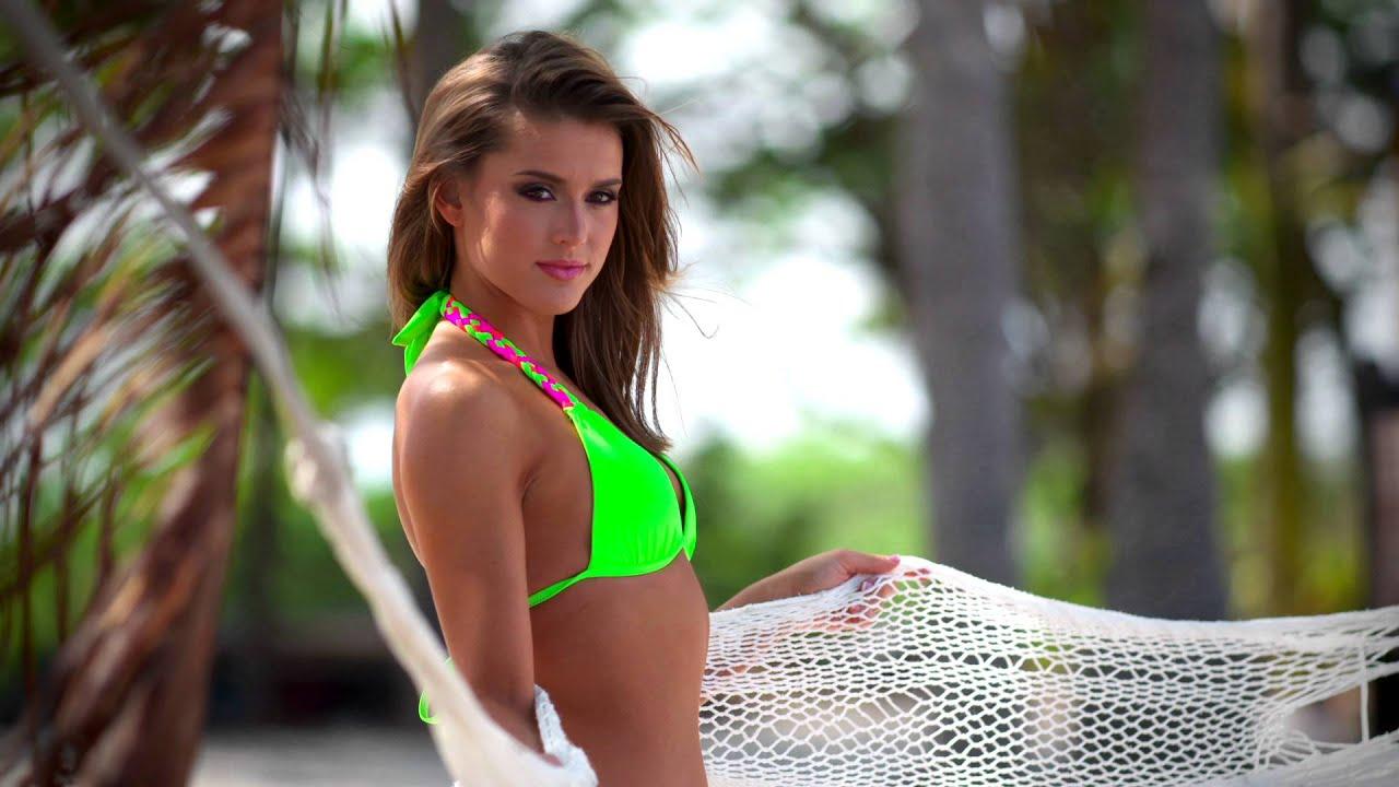 2016 Dallas Cowboys Cheerleaders Swimsuit Calendar Shoot - Erica ...