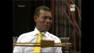 Repeat youtube video RiyaaC with President Nasheed