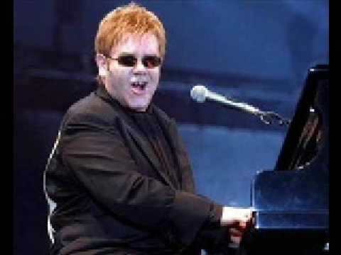 Elton John - Bennie and the Jets/Pinball Wizard - Live in South Africa (Solo)