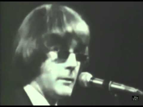 The Byrds - Mr. Tambourine Man (The Big T N T  Show - Aug 1966)