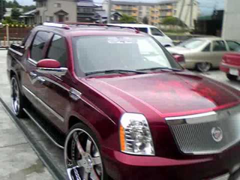 """ESCALADE EXT on 28"""" candy red solid car club - YouTube"""