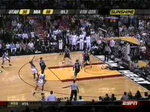 dwyane wade greatest crossover EVER!!!!!!!!!!!!!!!!!!
