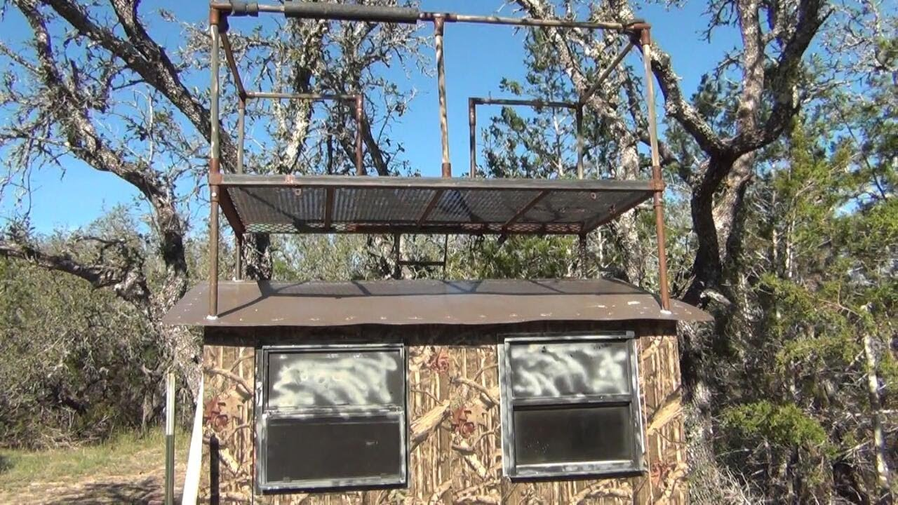 Custom Texas Hunting Blind Whats In Your Blind 4 5 Youtube