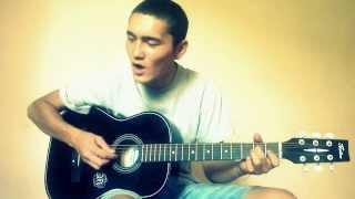 Луна Айым песня под гитару