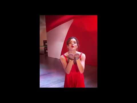 Аделина Сотникова и Максим Траньков танцуют