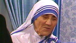 "Mother Teresa - ""Consecrate Families Through the Sacred Heart of Jesus"""