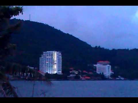 Cảnh biển Vũng Tàu vào lúc bình minh
