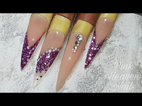 Acryl nagels | Stiletto | Purple Glitter | Nude | Nagelbed verlenging