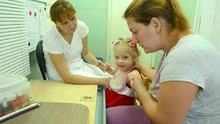 Видео занятие дефектолога с ребенком с ДЦП. Дефектология. Учебный центр Зорго