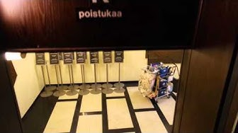 Amazing 1933 Kone paternoster elevator/lift in Hämeentie 19, Helsinki