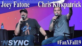 Zapętlaj Joey Fatone and Chris Kirkpatrick - *NSYNC Panel/Q&A - FanX 2019 | Ammaross Danan