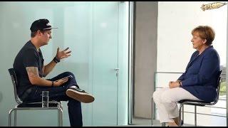 #NetzfragtMerkel - Das Interview - Kuchen Talks #93