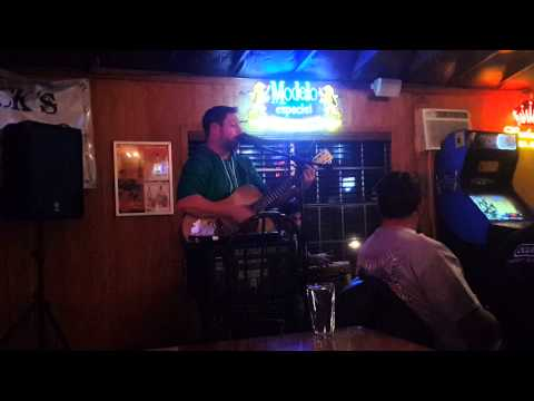 ERIK SMITH PERFORMS LIVE AT WICK'S SALOON!