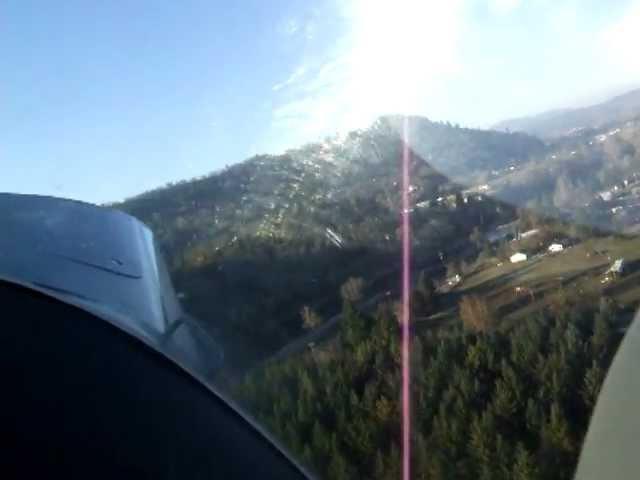 Taking off at Felt Airstrip - Roseburg, OR