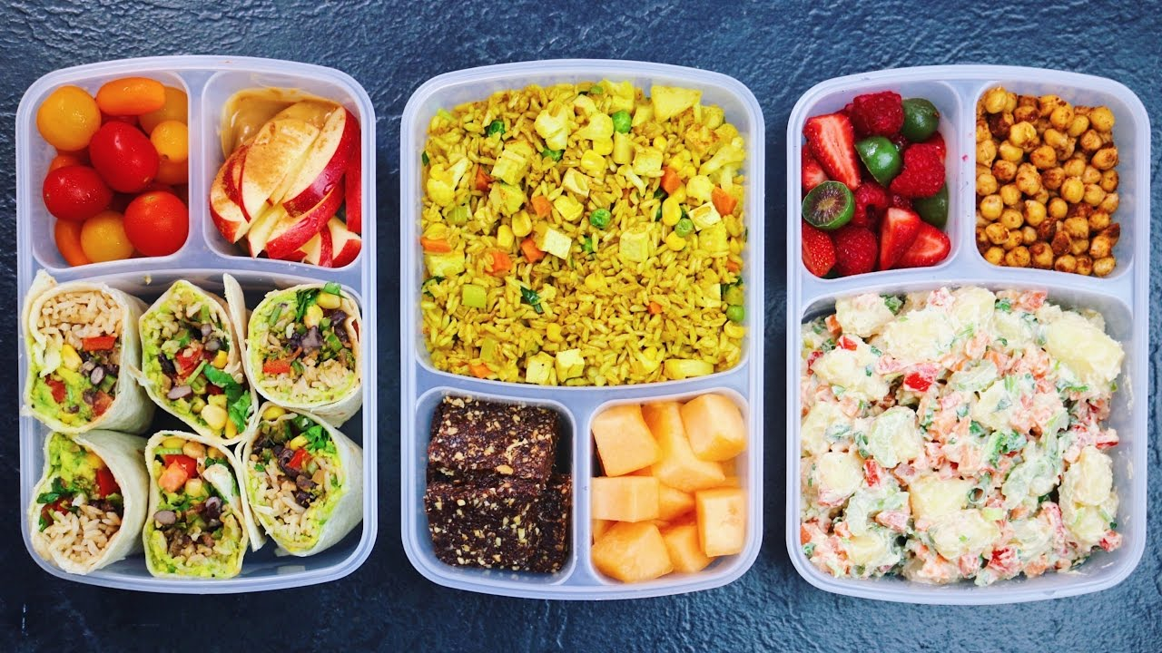That said, preparing school lunches can be one stressful aspect for parents who want to provide healthy vegan meals for their children. With this in mind, we're highlighting five easy-to-make meals (and one dessert!) that'll have all the other kids wanting to trade lunches.