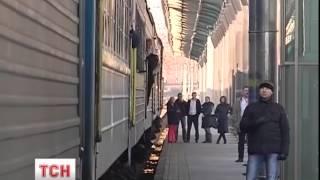Залізничні квитки на потяги усередині України подорожчають на 20%(, 2015-02-13T09:51:12.000Z)