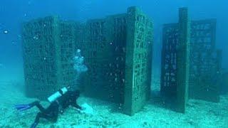 STRUKTUREN Unter Dem Meer, Die Niemand Erklären Kann