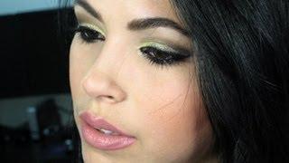 Maquiagem com Sombra Amarela por Kelly Souza