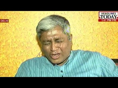 AAP's Ashutosh Breaks Down While Speaking With Gajendra Singh's Daughter