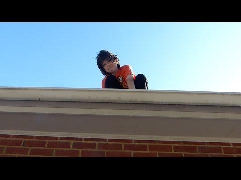 Rowan gets stuck on the roof!