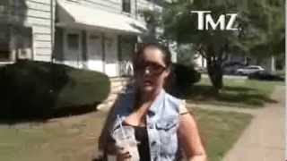 Repeat youtube video Myla Sinanaj    Kris Humphries' Mercedes is MINE Now