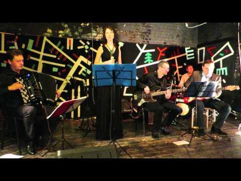MAIN STREET (французский аккордеон) - BESAME MUCHO (Массолит 09.01.2015)(jazz accordion)