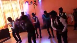 khomad kollo tikge Dance eka (my name is ranveer ching)sri Lanka wedding surprise dance