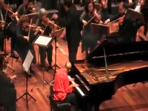 David Helfgott - Rachmaninov Piano Concerto 3 live at İstanbul
