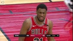Jakob Poeltl Full Play vs Chicago Bulls | 01/27/20 | Smart Highlights
