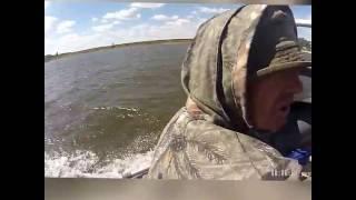 Волга возвращение с рыбалки в шторм .